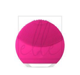Foreo luna mini 2 compact facial cleansing device - fuchsia