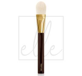 Foundation brush 1